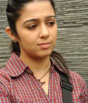 charmi-photos-at-prathigatana-press-meet-14