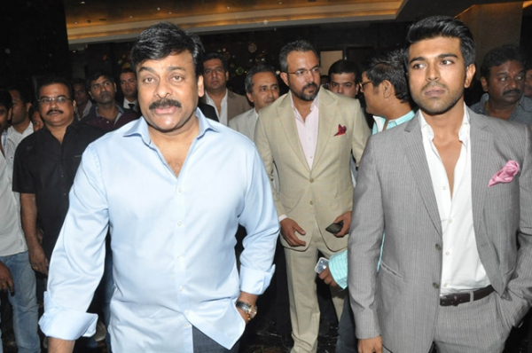 chiranjeevi-ram-charan-stills-at-toofan-trailer-launch-13