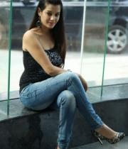deeksha-panth-hot-stills-in-black-dress-17