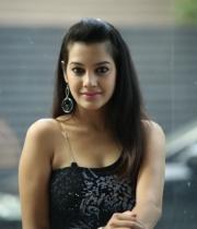 deeksha-panth-hot-stills-in-black-dress-19