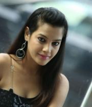 deeksha-panth-hot-stills-in-black-dress-22