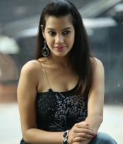 deeksha-panth-hot-stills-in-black-dress-23