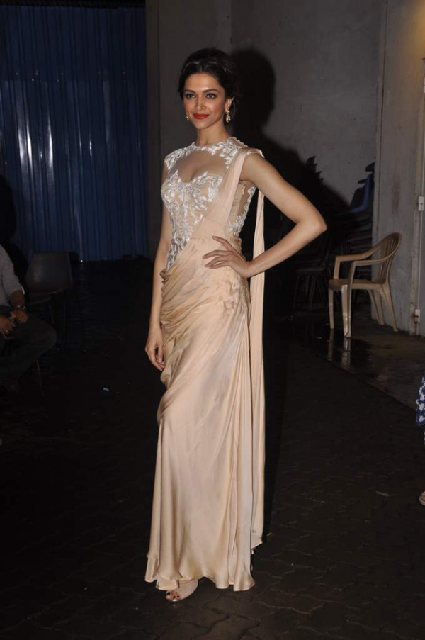 deepika-padukone-latest-images-18