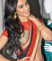deepti-sati-saree-navel-show-stills-20