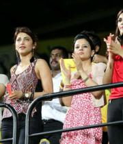 sakshi-dhoni-at-ipl-6-photos-128