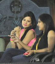 sakshi-dhoni-at-ipl-6-photos-1501