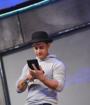 aamir-and-katrina-launch-dhoom-3-merchandise_1