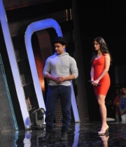 aamir-and-katrina-launch-dhoom-3-merchandise_15