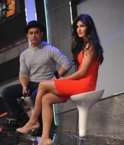 aamir-and-katrina-launch-dhoom-3-merchandise_24