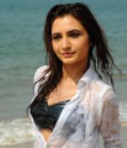 dhruthi-hot-beach-photos-1