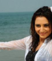 dhruthi-hot-beach-photos-2