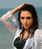 dhruthi-hot-beach-photos-3