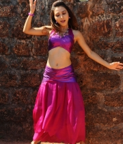 druthi-hot-navel-pics-7