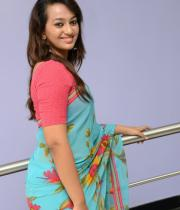 estar-in-saree-photos-15
