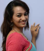 estar-in-saree-photos-4
