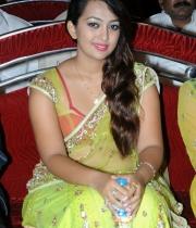 ester-noronha-photos-at-bheemavaram-bullodu-audio-launch-1