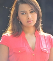 ester_noronha_latest_stills-30