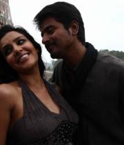 ethir-neechal-movie-hot-stills-16