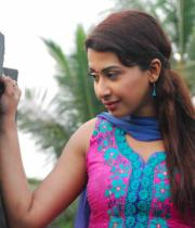 gayatri-photo-in-dorakadu-movie-10