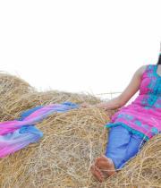 gayatri-photo-in-dorakadu-movie-7
