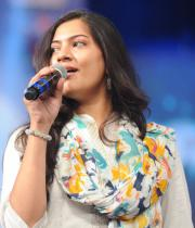 geetha-madhuri-performance-at-thadaka-audio-3