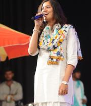 geetha-madhuri-performance-at-thadaka-audio-6