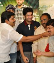 genius-movie-team-success-meet-photos-19