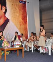 gopichand-tapsee-at-sahasam-show-to-school-childrens-14
