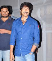 gopichand-tapsee-at-sahasam-show-to-school-childrens-23