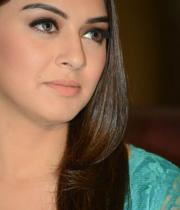 hansika-hot-thighs-photos-01