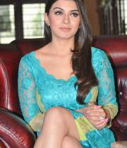 hansika-hot-thighs-photos-10