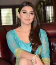 hansika-hot-thighs-photos-12