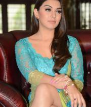 hansika-hot-thighs-photos-13