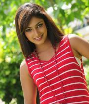 hari-priya-hot-thighs-show-photos-08