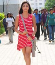 hari-priya-hot-thighs-show-photos-09