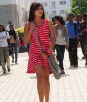 hari-priya-hot-thighs-show-photos-14