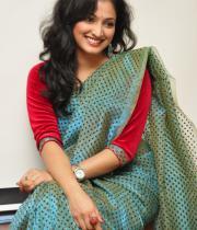 haripriya-saree-stills-at-acam-platinum-disc-19