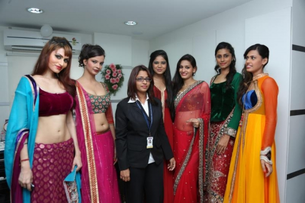 madhu-shalini-launches-green-trends-108th-salon-photos-24