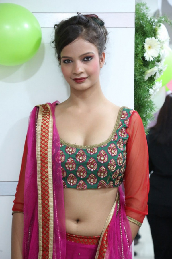 models-hot-photos-at-green-trends-108th-salon-launch-4