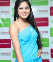 madhu-shalini-launches-green-trends-108th-salon-photos-20