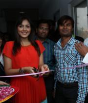 madhu-shalini-launches-green-trends-108th-salon-photos-25
