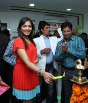madhu-shalini-launches-green-trends-108th-salon-photos-26