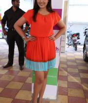 models-hot-photos-at-green-trends-108th-salon-launch-11