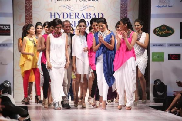 hyderabad-fashion-week-2013-day1-gallery-113