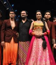 hyderabad-fashion-week-2013-day1-gallery-1