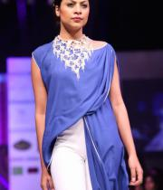 hyderabad-fashion-week-2013-day1-gallery-104
