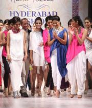 hyderabad-fashion-week-2013-day1-gallery-113