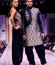hyderabad-fashion-week-2013-day1-gallery-140