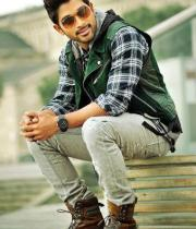 iddarammayilatho-movie-new-stills-01