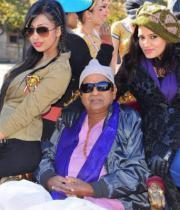 allu-arjun-iddarammayilatho-movie-working-photostills-latest-02_s_179